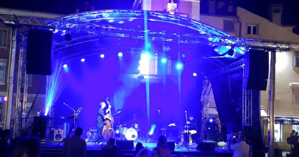 B.B.Q Jazz beim Konzert im Hafen von Rovinj