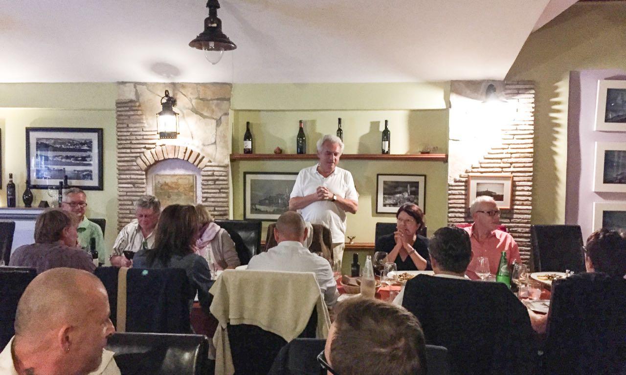 Die Delegation mit OB Schuler beim Abendessen