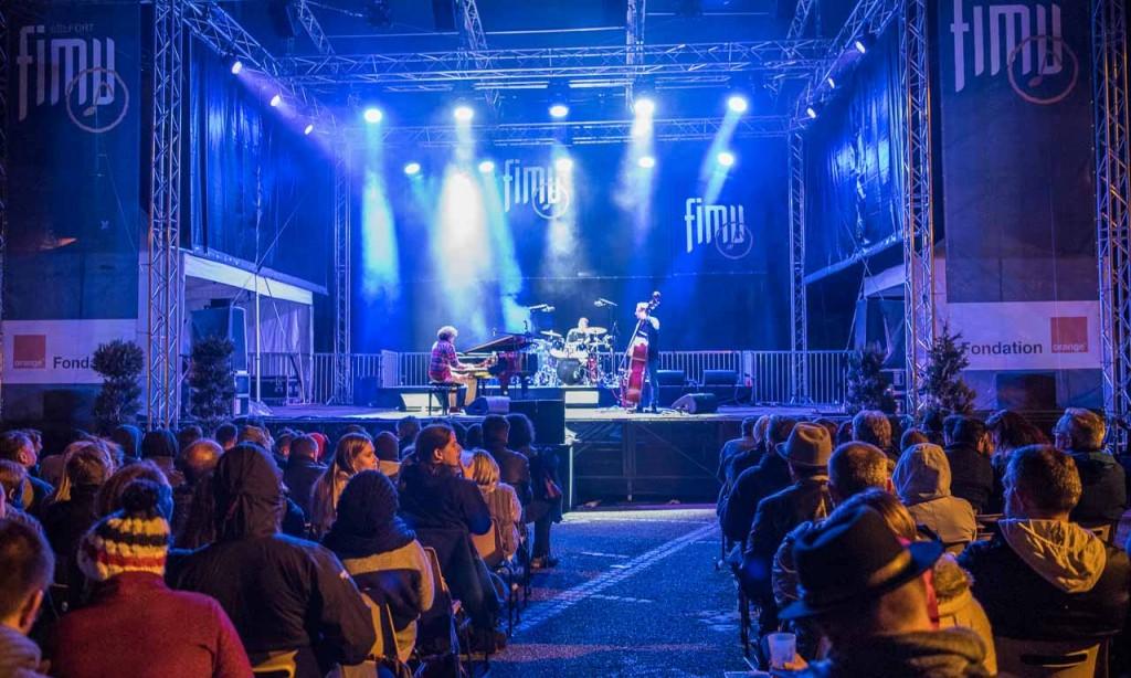 B.B.Q Jazz beim nächtlichen Konzert auf der Jazz-Bühne des FIMU in Belfort